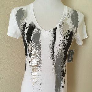 ♥️White T shirt black white graphic design cotton